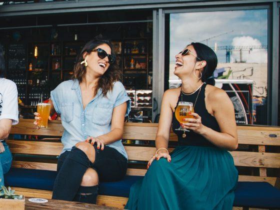 femmes alcool boisson