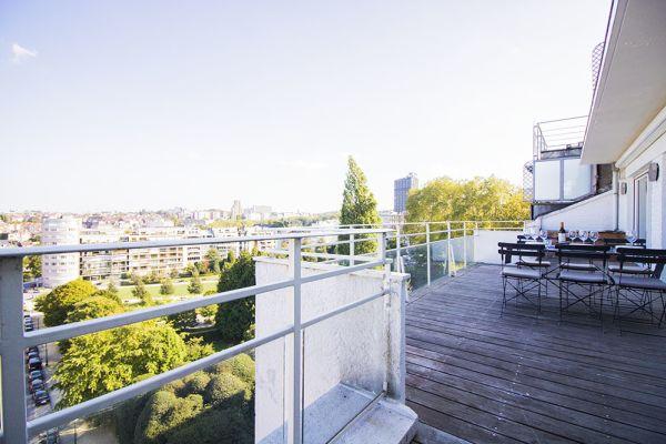 penthouse manuel terrasse plantes bois gris