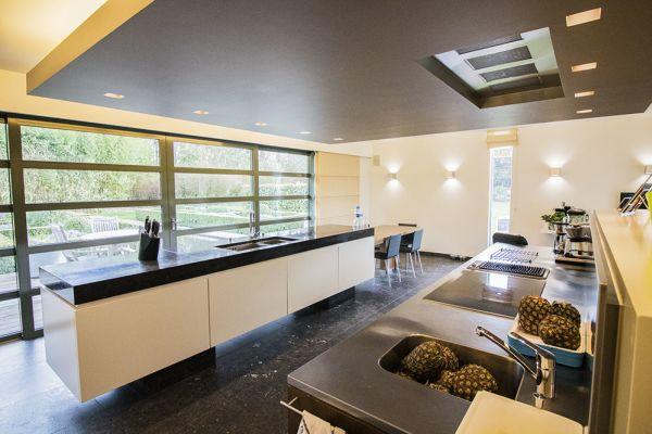 maison onehousestand veronique blanc noir ananas